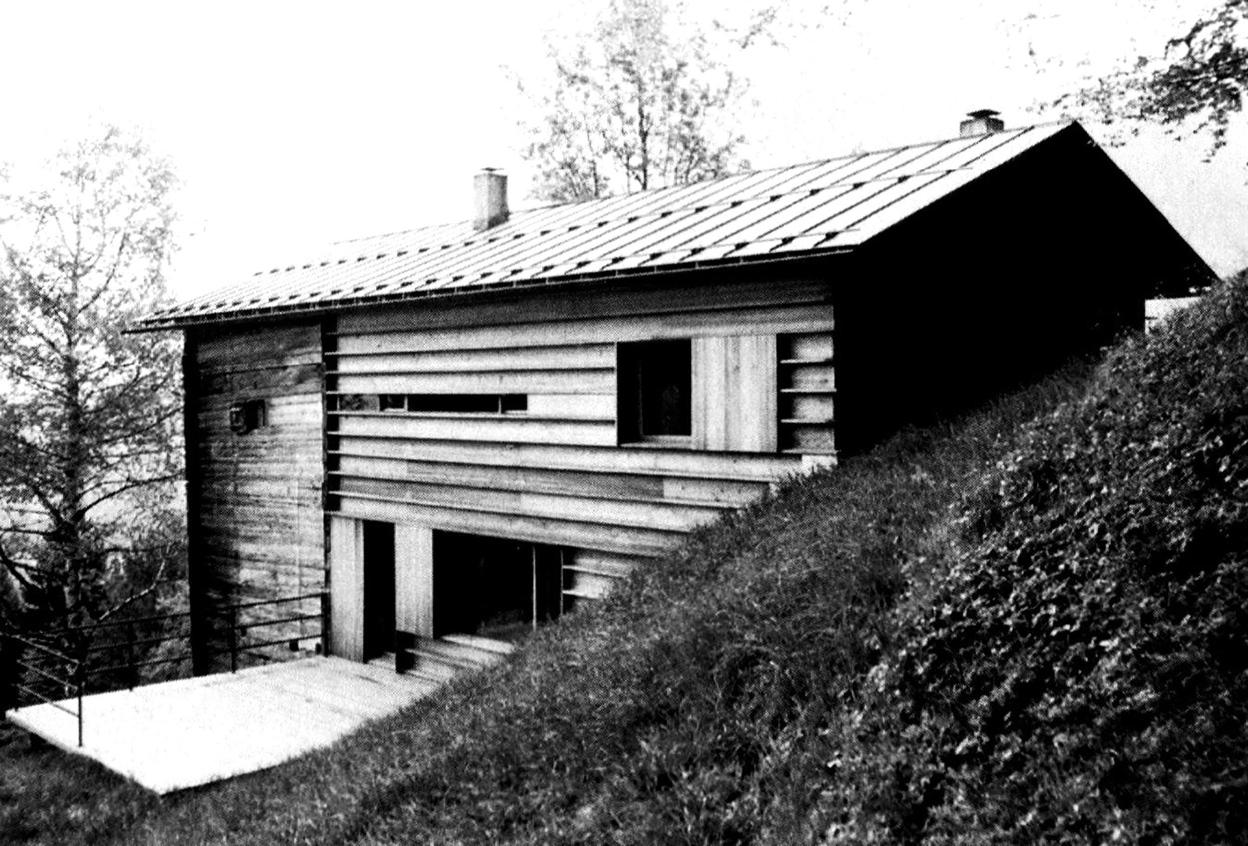 Gugalun House